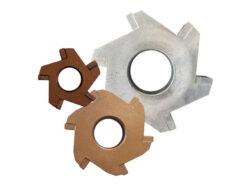 Stahl mit Hartmetall-Plättchen